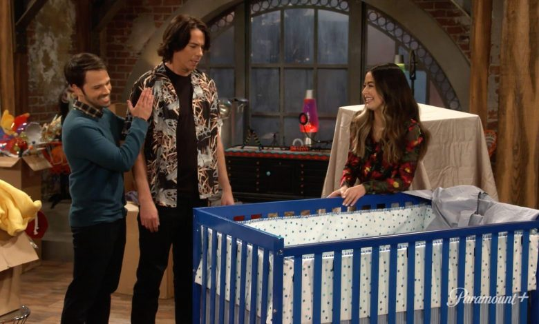 iCarly Revival's Official Trailer Sees Miranda Cosgrove's Character Navigating Life as Young Adult