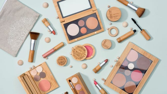 Support plastic-free cosmetic brands like Elate Beauty.