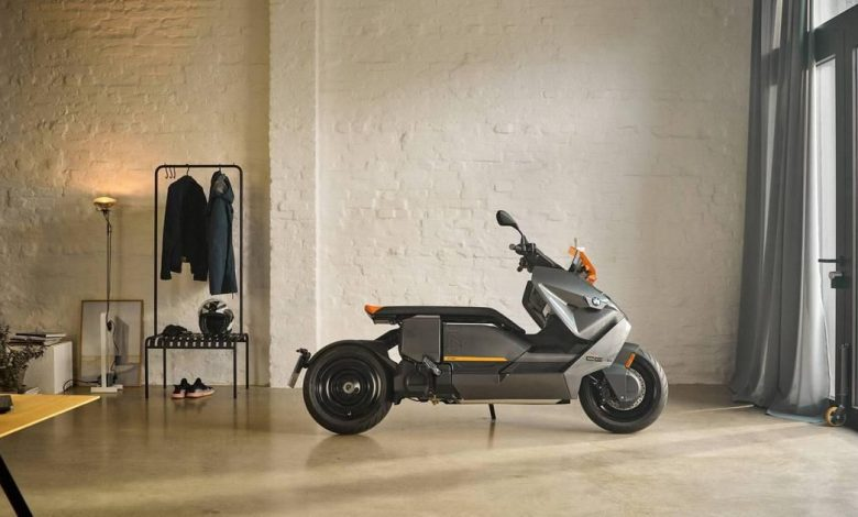 BMW's CE04 electric scooter is coming from the future to save the planet