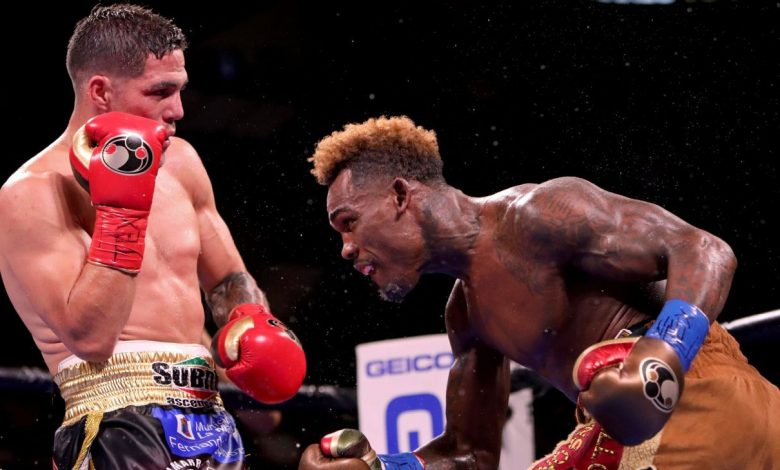 Bad scoring overshadowed Jermell Charlo-Brian Castano, but their performances should be celebrated