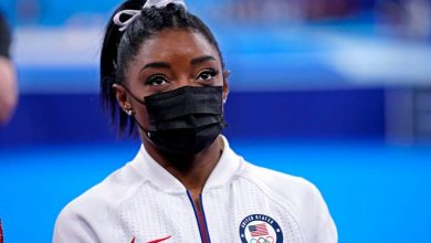Simone Biles will not compete in Thursday's all-around finals.