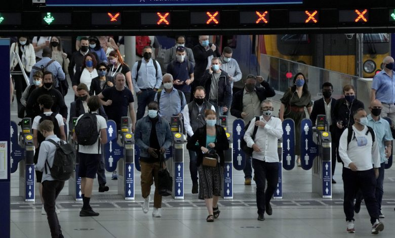 Freedom or folly? UK's end to mandatory masks sows confusion