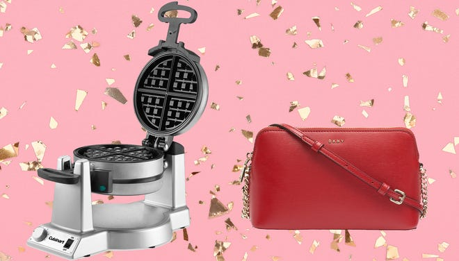Take advantage of these amazing deals at Macy's Black Friday sale.