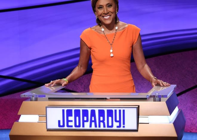 """""""Good Morning America"""" anchor Robin Roberts assumes the """"Jeopardy!"""" podium July 19-23."""