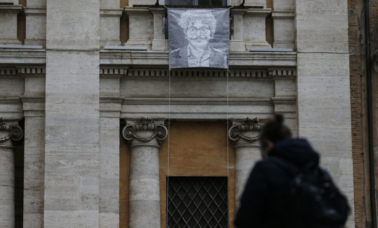 Italian lawmakers want citizenship for jailed Egyptian