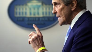 John Kerry: Businesses are taking climate seriously but 'we're in a lot of trouble'
