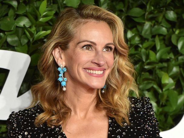 Julia Roberts' daughter dazzles at her Cannes red carpet debut