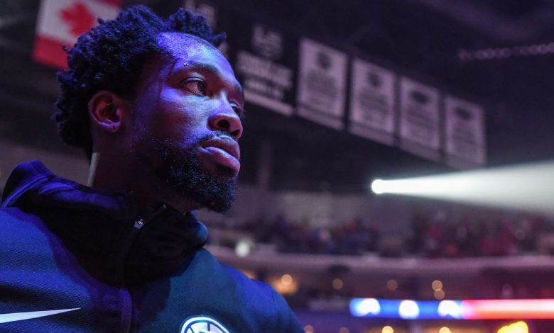 LA Clippers' Patrick Beverley suspended one game for shoving Chris Paul in Game 6
