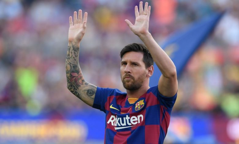 Lionel Messi's Barcelona contract held up by La Liga financial rules