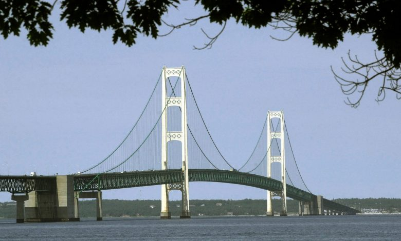 Mackinac Bridge reopens after bomb threat, according to officials
