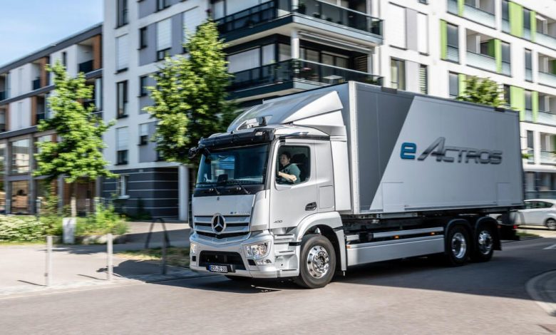 Mercedes debuts its first fully electric semi truck in Europe