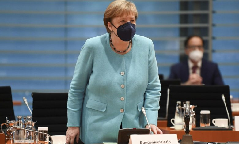 Merkel brings message of stability to US on farewell visit