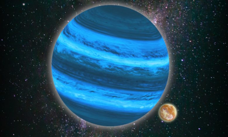 Moons of Free-Floating Planets Can Possess Enough Water for Life to Evolve and Thrive