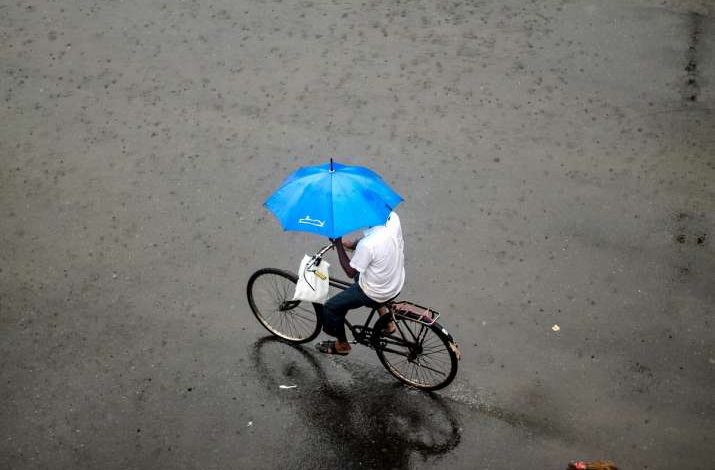 Mumbai Rains: Heavy downpour batters city, IMD issues red