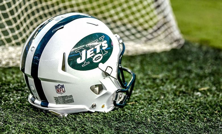 New York Jets assistant coach Greg Knapp battling life-threatening injuries from bicycle accident