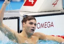 Swimmer Bobby Finke rallies to win gold in 800-meter freestyle in Tokyo