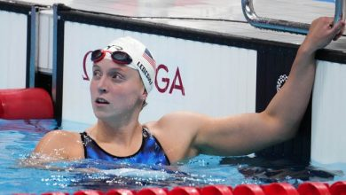 Katie Ledecky had the fastest time in the women's 400m freestyle qualifying ahead of Monday's final.