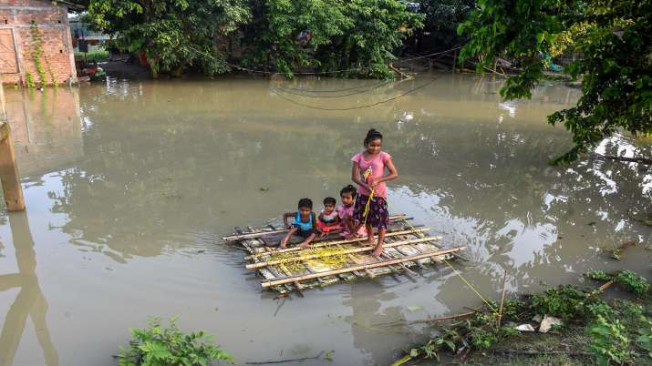 assam floods, floods in north east India, 86,000 affected, flood situation worsens, floods in India,