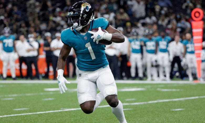 Jacksonville Jaguars' Travis Etienne out indefinitely with midfoot sprain, source says