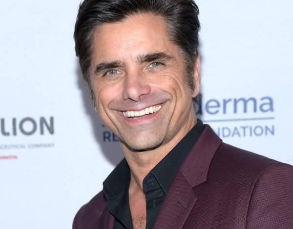 John Stamos Shares Health Update After Posting Photo From Hospital