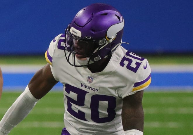 Jeff Gladney started 15 games as a rookie las season for the Vikings.