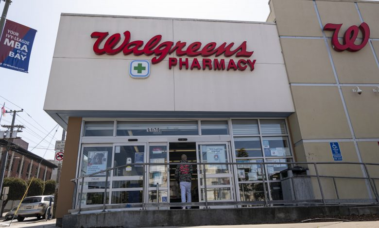 Walgreens to raise wages for hourly workers to $15 by November 2022