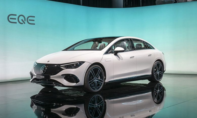 2023 Mercedes-Benz EQE electric sedan is packed with high-end tech