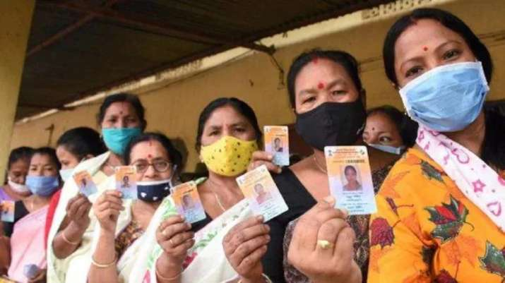 Bhabanipur Bypoll LIVE: Voting to begin shortly amid tight