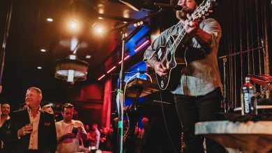 Eric Church Brings Morgan Wallen on Stage for Surprise Acoustic Appearance in Nashville