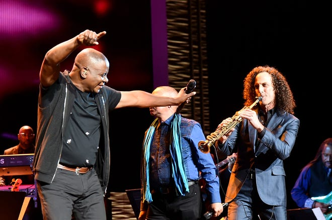 """Kenny G (right) performs with Philip Bailey of Earth, Wind and Fire during the """"Clive Davis: The Soundtrack of Our Lives"""" Premiere Concert at the 2017 Tribeca Film Festival."""