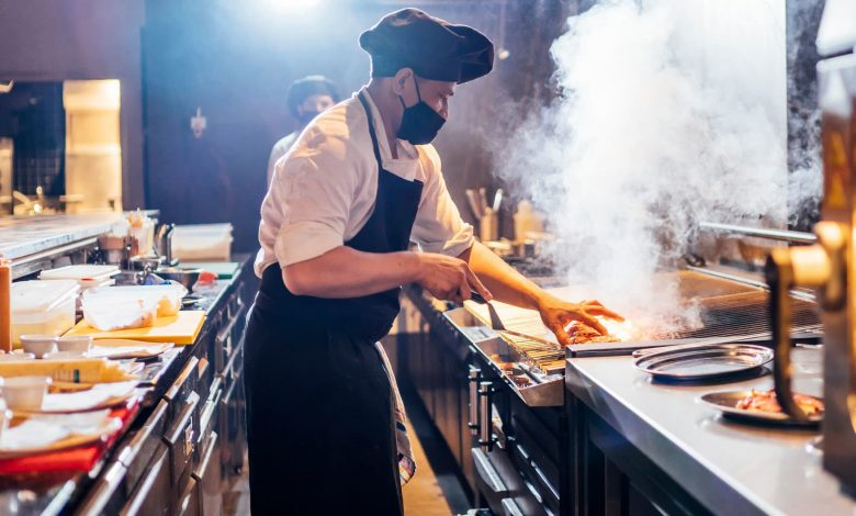 Majority of restaurants say business is worse than 3 months ago: survey
