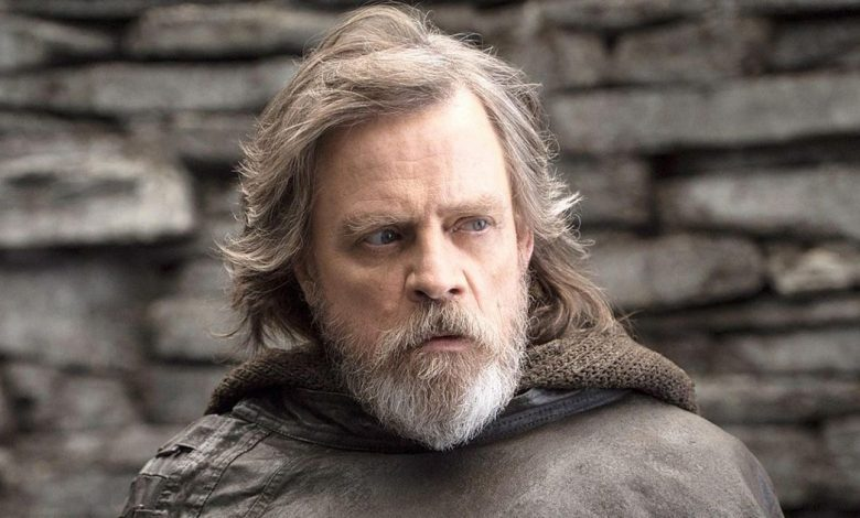 Mark Hamill tweets his own name, gets half a million likes