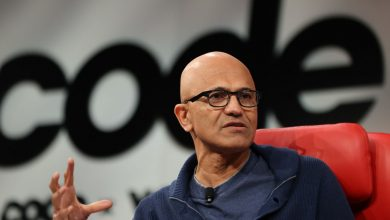 Microsoft trying to buy TikTok while negotiating with Trump was very strange