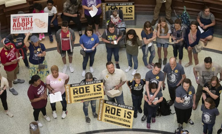 New Texas abortion law pushes women to out-of-state clinics