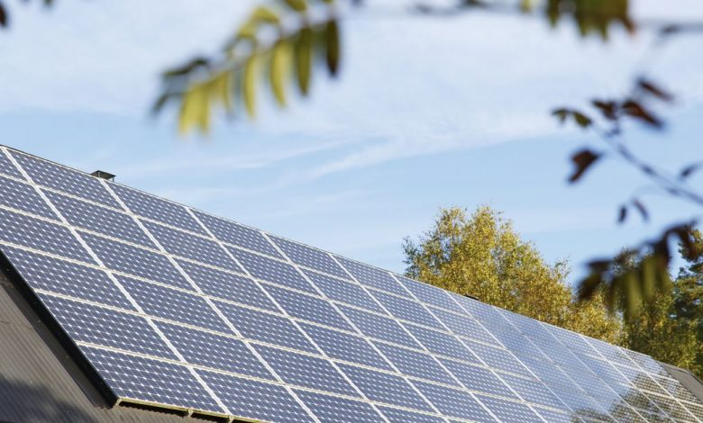 Solar panels vs. Tesla solar roofs: Which one's right for you?