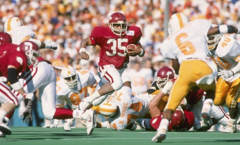 The history of college football conference lame ducks, and what it means for Texas and Oklahoma