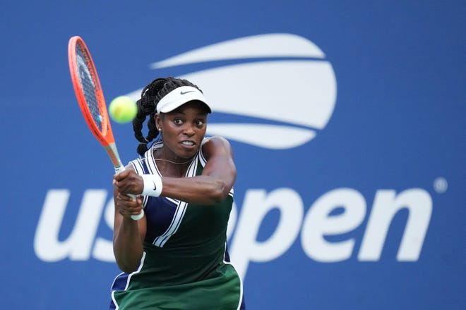 Sloane Stephens advanced to the third round of the U.S. Open before losing to No. 16 seed Angelique Kerber of Germany.