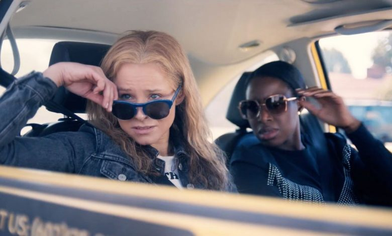 Why Kristen Bell respects the criminals portrayed in 'Queenpins'