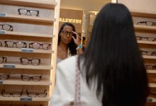 Why digital Warby Parker, Allbirds are betting on stores before public debuts