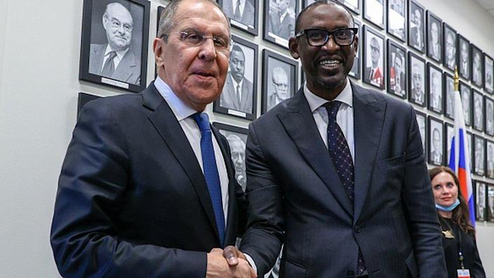 Russian Foreign Minister Sergei Lavrov and Malian Foreign Minister Abdoulaye Diop