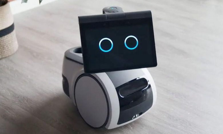 Amazon is dangerously popular. The Astro robot proves it
