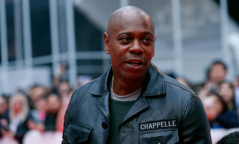 Dave Chappelle gets standing ovation amid backlash over trans jokes