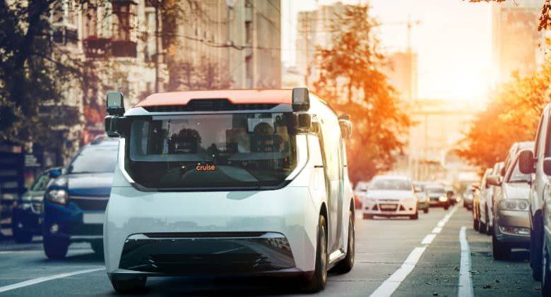 GM-backed Cruise targets 1 million self-driving vehicles by 2030