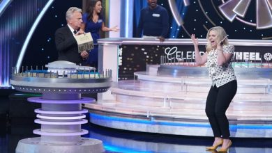 """Melissa Joan Hart celebrates after finding out she won $1 million (for charity) on """"Celebrity Wheel of Fortune."""""""
