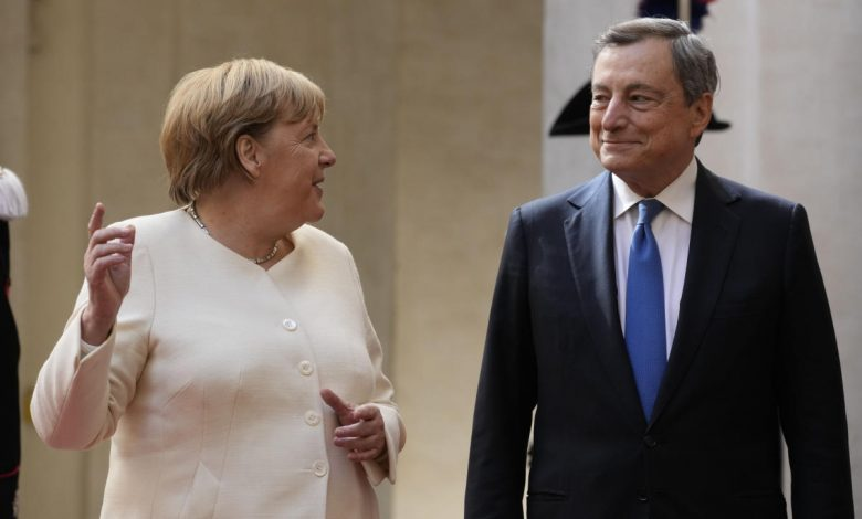 Merkel meets pope as parties at home try to form government