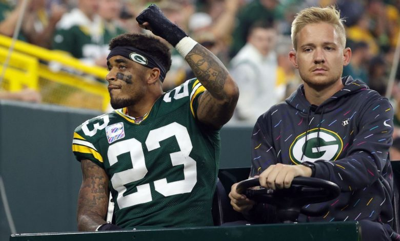 Sources -- Green Bay Packers awaiting decision whether star CB Jaire Alexander needs season-ending surgery