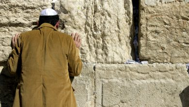 Tours of Western Wall tunnels show new underground area in Jerusalem
